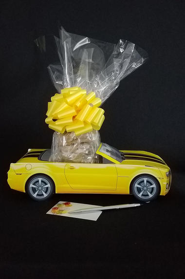 Yellow Modern Car - 12 Cookies and Brownies