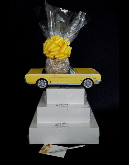 Yellow Classic Car - Super Tower - 84 Cookies and Brownies