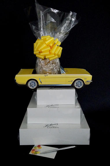 Super Tower - Yellow Classic Car - Clear Cellophane - Yellow Bow
