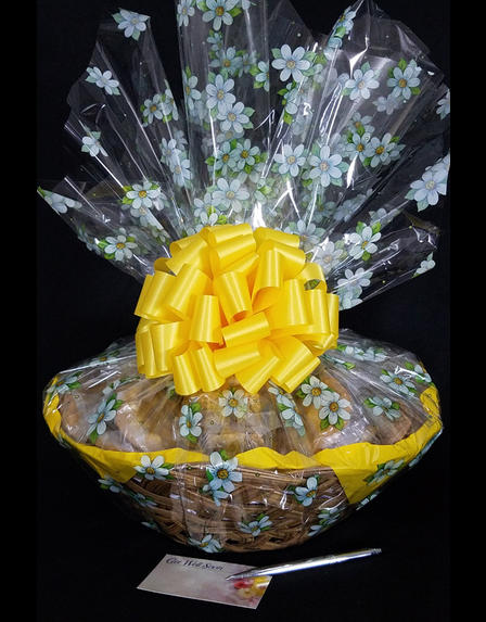 Super Basket - Daisy Cellophane - Yellow Bow - 60 Cookies and Brownies